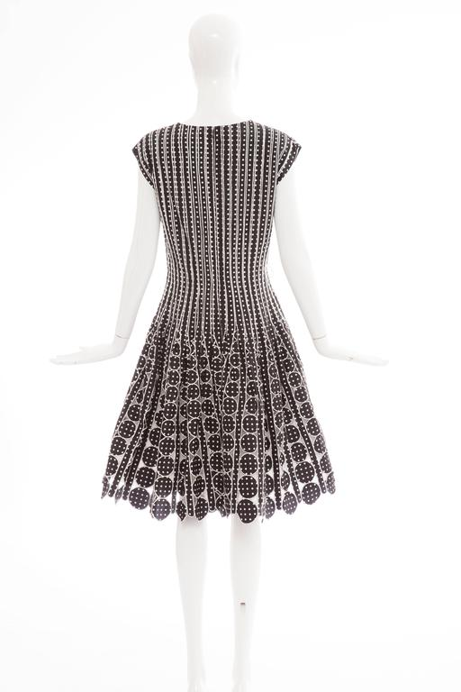 Oscar De la Renta Black Silk Faille With White Polka Dots Dress, Resort 2007 For Sale 1
