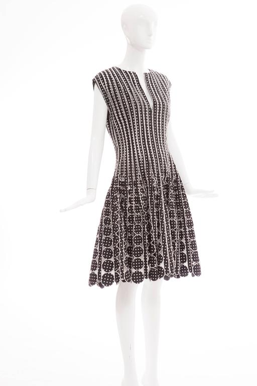 Oscar De la Renta Black Silk Faille With White Polka Dots Dress, Resort 2007 For Sale 4