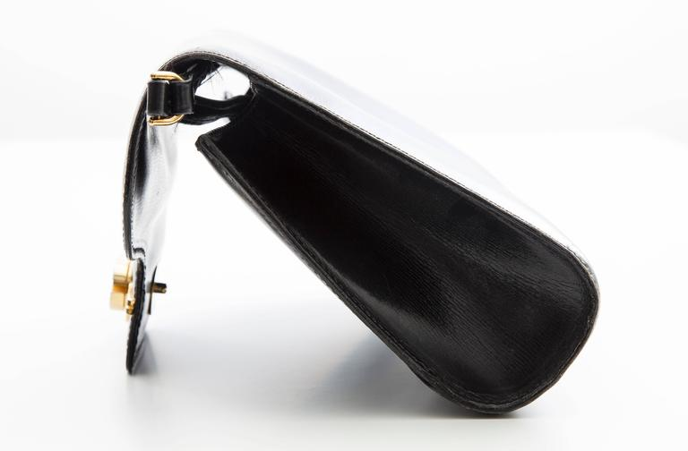 Gucci Black Leather Clutch With Detachable Shoulder Strap, Circa 1970s For Sale 1