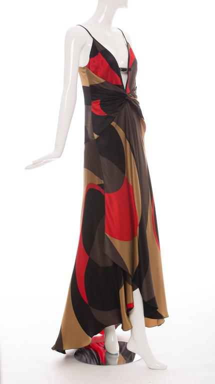 Valentino silk black red gold brown graphic evening dress with invisible back zip and hook-and-eye closure.  US. 6  Bust 32