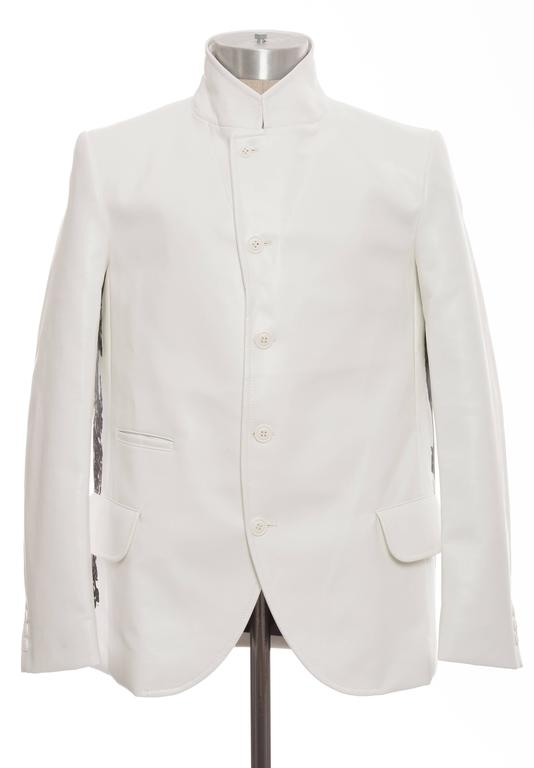 Comme des Garcons Homme Plus White Blazer With Images By Roger Ballen, Fall 2015 In Excellent Condition For Sale In Cincinnati, OH