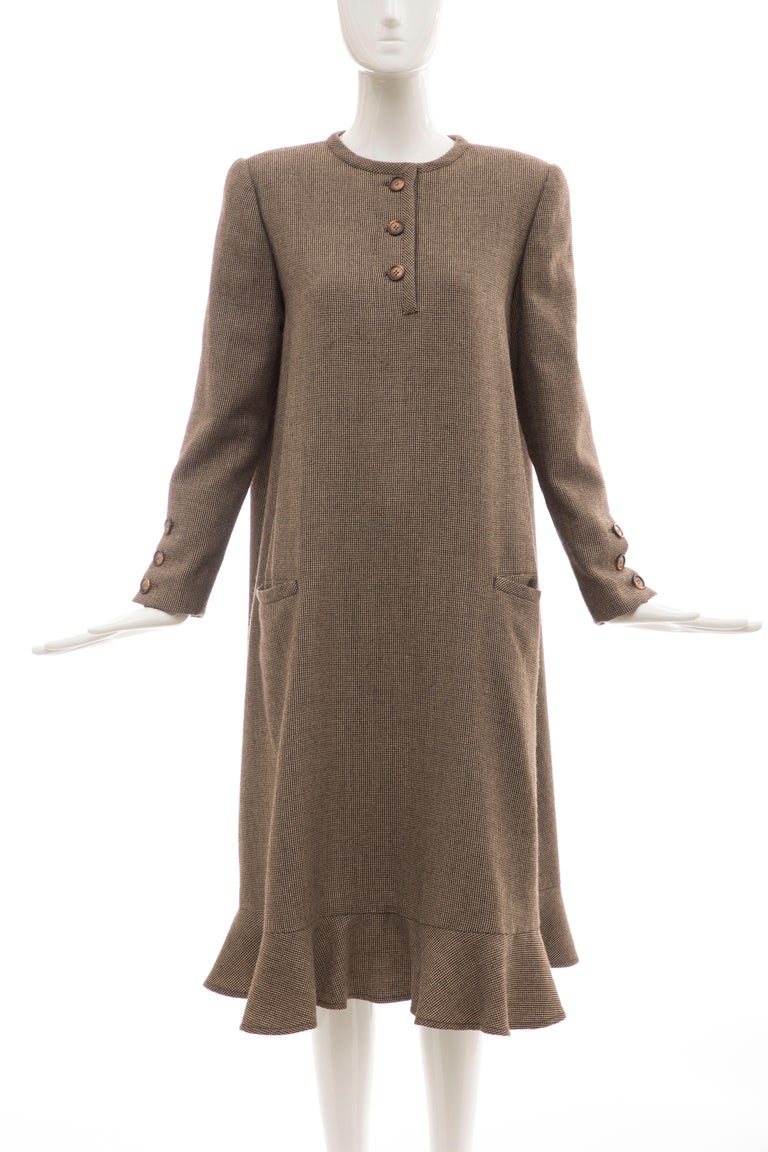Bill Blass Brown Wool Tweed A Line Button Front Dress, Circa: 1970's In Excellent Condition For Sale In Cincinnati, OH