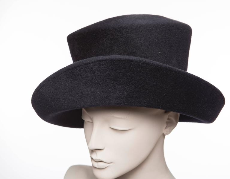 Philip Treacy Navy Blue Wool Felt Hat For Sale 3