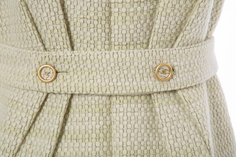 Chanel Wool Tweed Dress Clear Paillettes & Bead Embroidery, Autumn - Winter 2001 For Sale 4