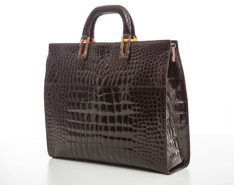 Lana Marks Chocolate Brown Alligator Tote In Excellent Condition For Sale In Cincinnati, OH