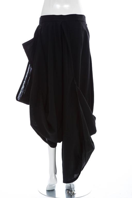 Kansai Yamamoto Black Linen Cotton Harem Pants, Circa 1980's In Excellent Condition For Sale In Cincinnati, OH