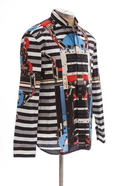 Givenchy By Riccardo Tisci Men's Cotton Print Shirt, Spring -Summer 2014 In Excellent Condition For Sale In Cincinnati, OH