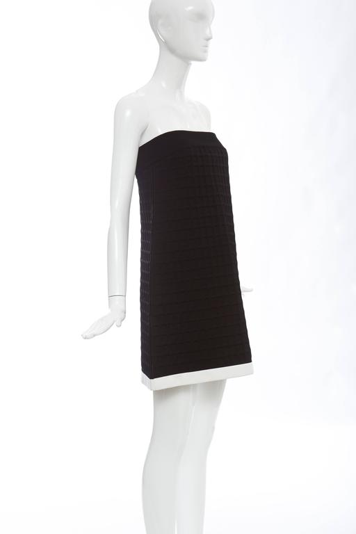 Chanel Runway Black Strapless Waffle Weave Pearl Button Back Dress, Spring 2013 For Sale 2