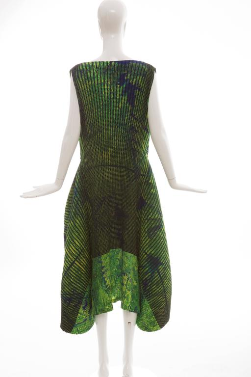 Issey Miyake Sleeveless Pleated Dress, Resort 2016 In New Condition For Sale In Cincinnati, OH