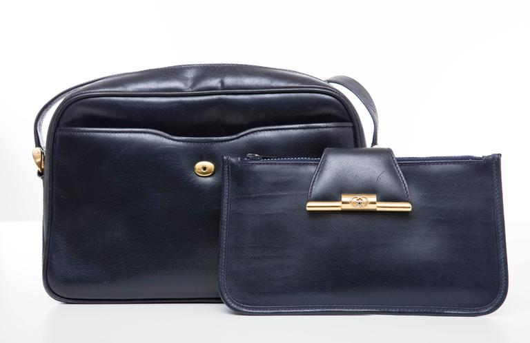 Black Gucci Navy Blue Leather Crossbody Bag With Detachable Wallet, Circa 1970's For Sale