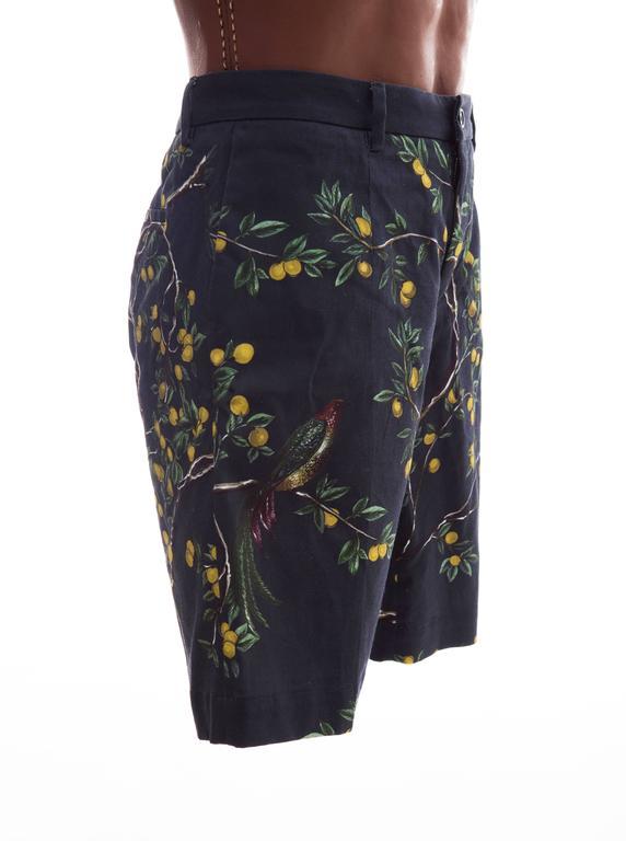 Dolce & Gabbana Men's Black Printed Birds Lemons Cotton Shorts, Spring 2016 4