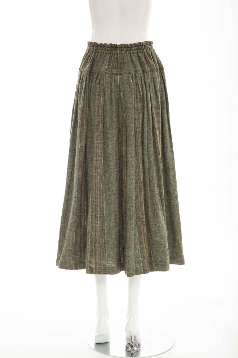 Issey Miyake Plantation Olive Green Woven Cotton Skirt, Circa 1980's In Excellent Condition For Sale In Cincinnati, OH