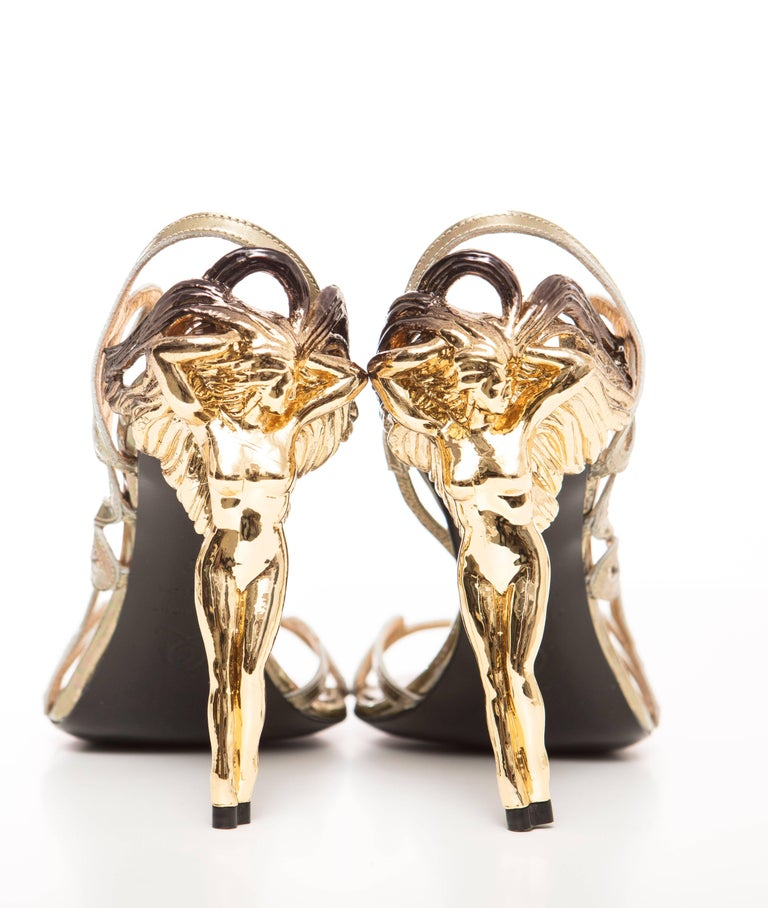 Alexander McQueen Angels & Demons Gold Leather Slingback Sandals, Fall 2010 In New Never_worn Condition For Sale In Cincinnati, OH