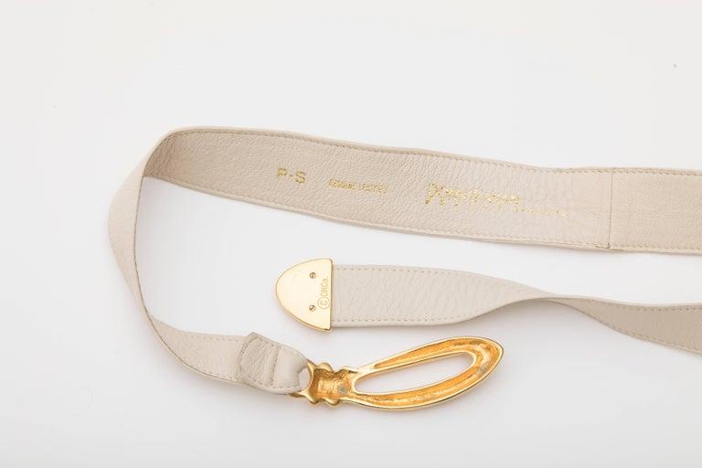 Women's Donna Karan Cream Leather Belt With Robert Lee Morris Buckle, Circa 1980's For Sale