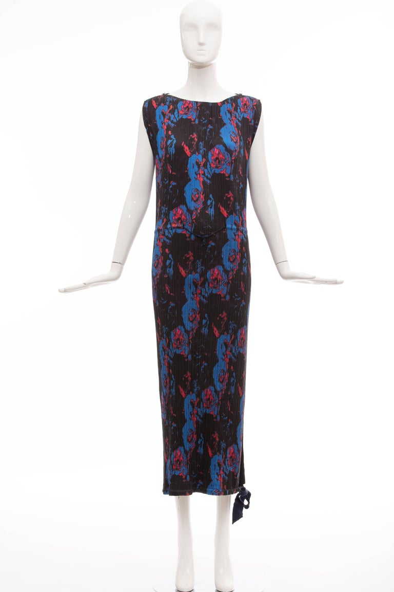 Issey Miyake, Spring-Summer 2007 sleeveless navy blue printed double layered silk polyester plisse long dress.  Japan Size 3  Bust 34, Waist 34, Hips 36, Length 52