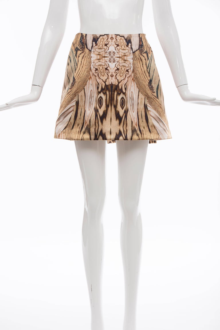 Alexander McQueen, Spring-Summer 2009 silk wood-grain digital print mini-skirt with concealed side zip closure.  IT. 38 US. 2 Waist: 24, Hip 38, Length 16.5
