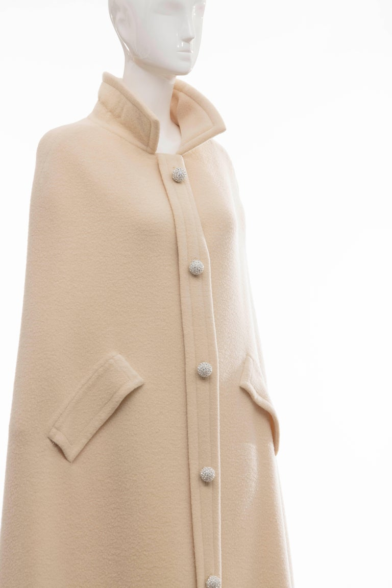 Women's Christian Dior Haute Couture By Marc Bohan Cream Wool Cape, Autumn - Winter 1966 For Sale