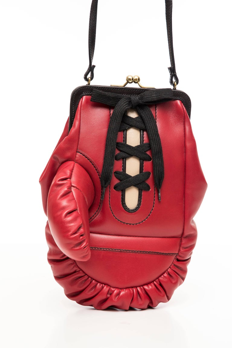 Women's Moschino Red And Black Leather Boxing Glove Handbag, Spring 2001 For Sale