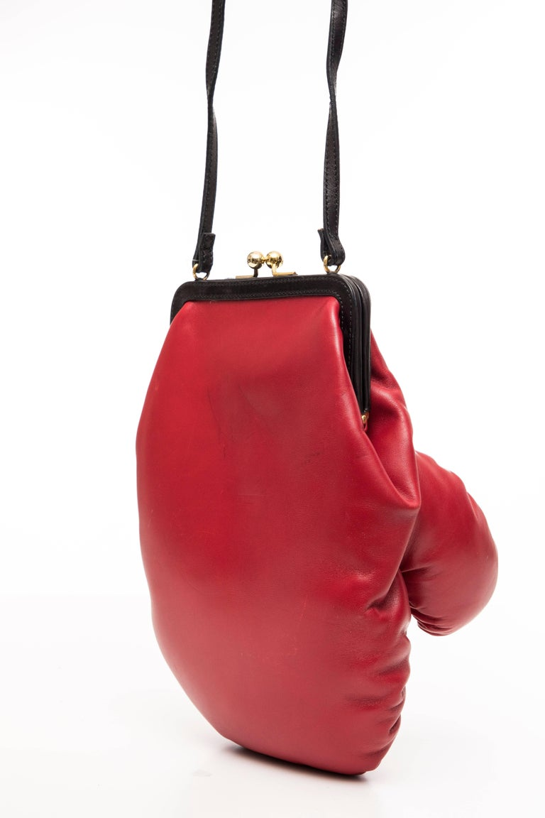 Moschino Red And Black Leather Boxing Glove Handbag, Spring 2001 For Sale 2