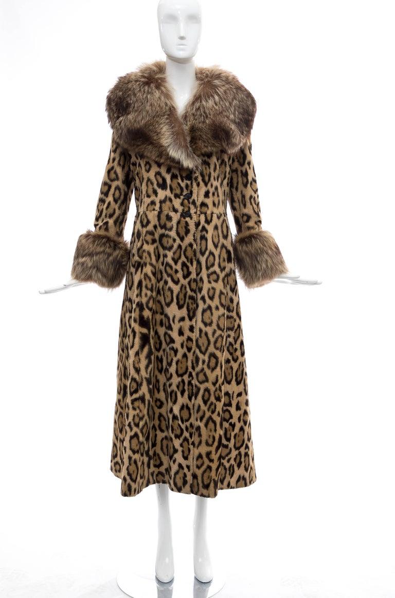 Goldring's Couture Faux Leopard Coat Dramatic Fur Collar & Cuffs, Circa: 1970's In Good Condition For Sale In Cincinnati, OH