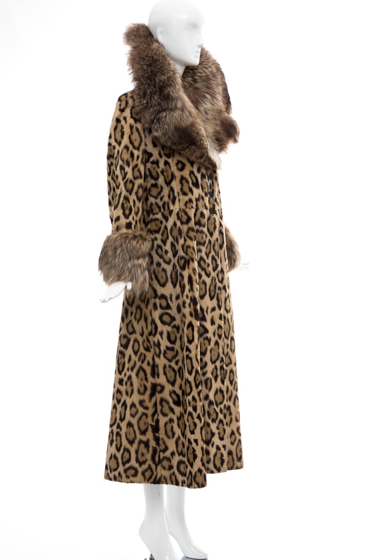 Women's Goldring's Couture Faux Leopard Coat Dramatic Fur Collar & Cuffs, Circa: 1970's For Sale