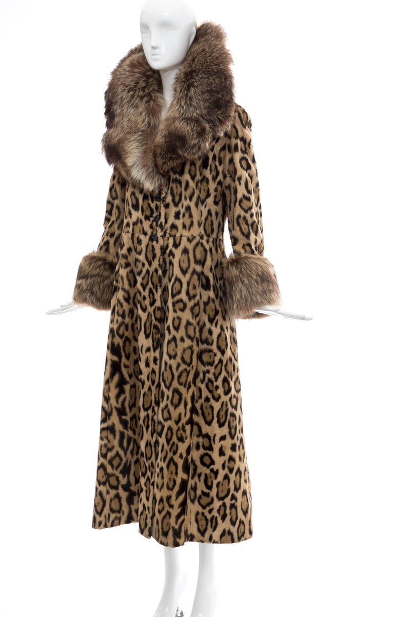 Goldring's Couture Faux Leopard Coat Dramatic Fur Collar & Cuffs, Circa: 1970's For Sale 2