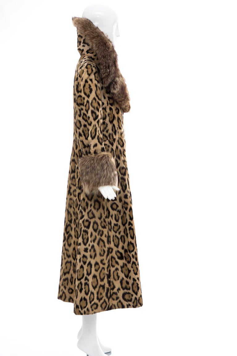 Goldring's Couture Faux Leopard Coat Dramatic Fur Collar & Cuffs, Circa: 1970's For Sale 4