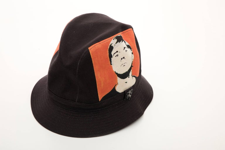 Philip Treacy Black Woven Printed Cotton Andy Warhol Bucket Hat, Circa 2006 In Excellent Condition For Sale In Cincinnati, OH