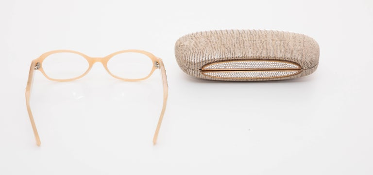 Judith Leiber Readers Reading Glasses With Crystal Case In Excellent Condition For Sale In Cincinnati, OH