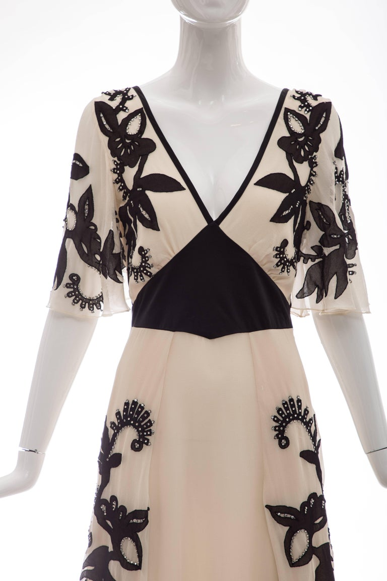 Temperley London Floral Embroidered Silk Chiffon Evening Dress, Spring 2005 For Sale 2