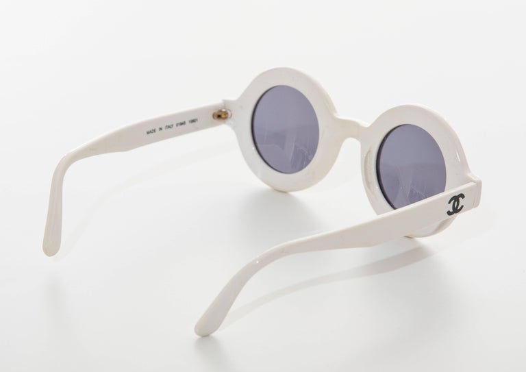 Chanel Runway Logo Round White Sunglasses With Tinted Lenses, Spring 1993 For Sale 1