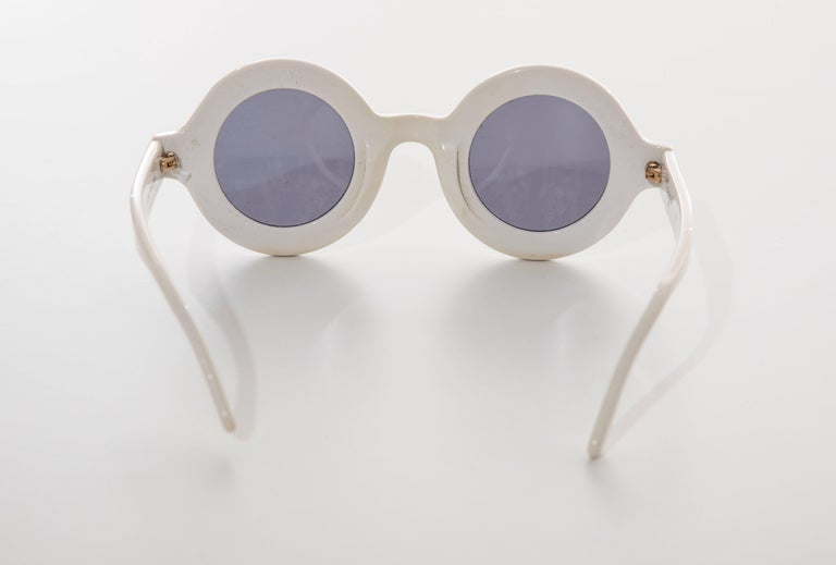 Chanel Runway Logo Round White Sunglasses With Tinted Lenses, Spring 1993 For Sale 2