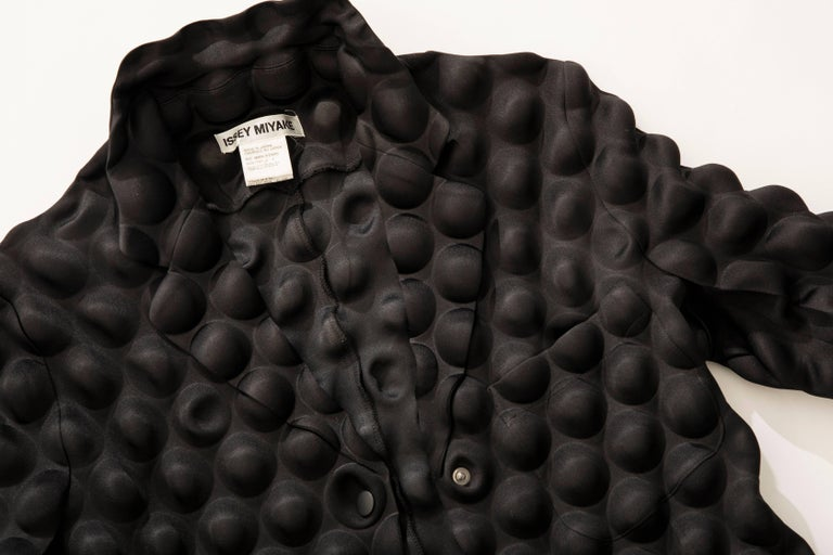 Issey Miyake Black Egg Carton Snap Front Blazer, Fall 2000 For Sale 6