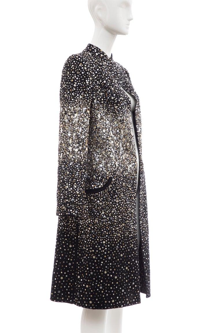 Oscar De La Renta Runway Black Embroidered Sequin Evening Coat, Fall 2006 In New Condition For Sale In Cincinnati, OH