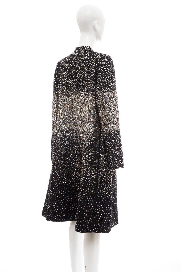 Oscar De La Renta Runway Black Embroidered Sequin Evening Coat, Fall 2006 For Sale 3
