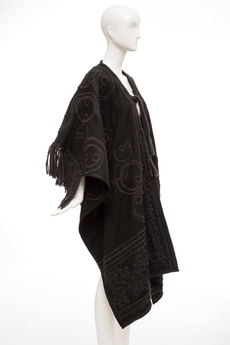 Dries Van Noten Runway Black Wool Embroidered Fringe Cape, Fall 2002 For Sale 2