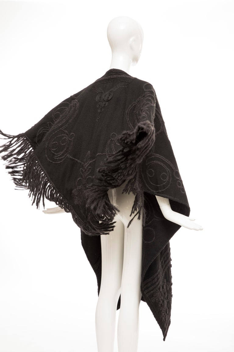Dries Van Noten Runway Black Wool Embroidered Fringe Cape, Fall 2002 For Sale 3