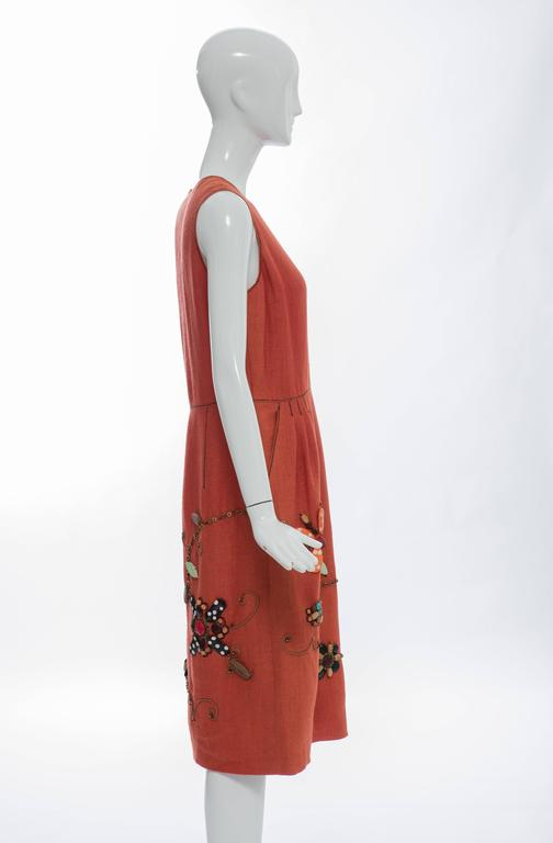 Oscar de la Renta Sleeveless Linen Dress Wood Bead Embroidery, Spring 2006 In New Condition For Sale In Cincinnati, OH
