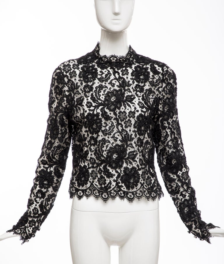 Bill Blass, Circa: 1970's, black lace long sleeve top with back zip and silk chiffon lining.  US: 10  Bust: 38' Waist; 34 and Total Length: 22'.