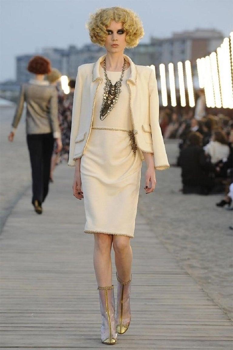 2010 Unworn Chanel Runway Look Cream Dress With Gold Thread Trim For Sale 10