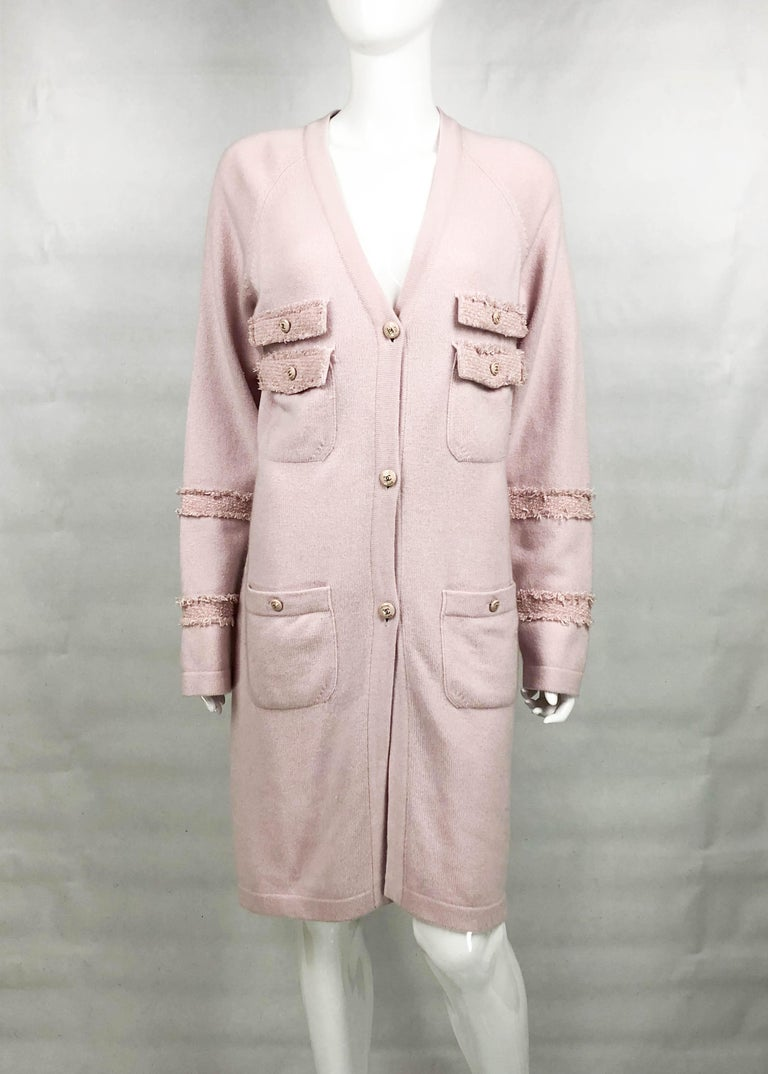 2009 Chanel Pink Cashmere Cardigan Dress With Enamelled Logo Buttons In Excellent Condition For Sale In London, Chelsea