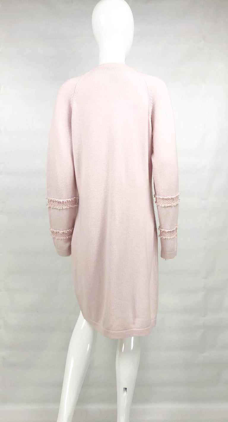 2009 Chanel Pink Cashmere Cardigan Dress With Enamelled Logo Buttons For Sale 5