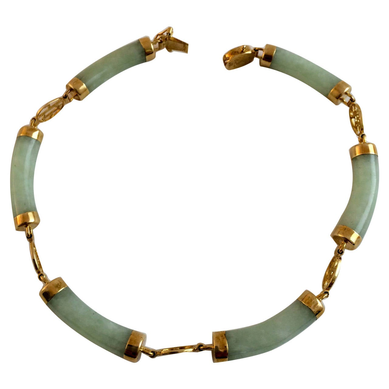 Chinese jade bracelet 1960s at 1stdibs for Pictures of jade jewelry