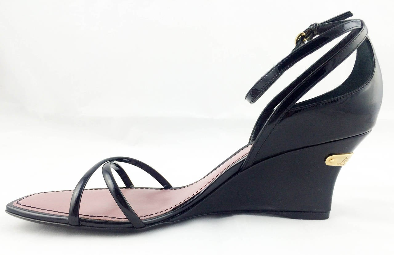 Louis Vuitton Strawberry Wedges Sandals - 2009 In Excellent Condition For Sale In London, Chelsea