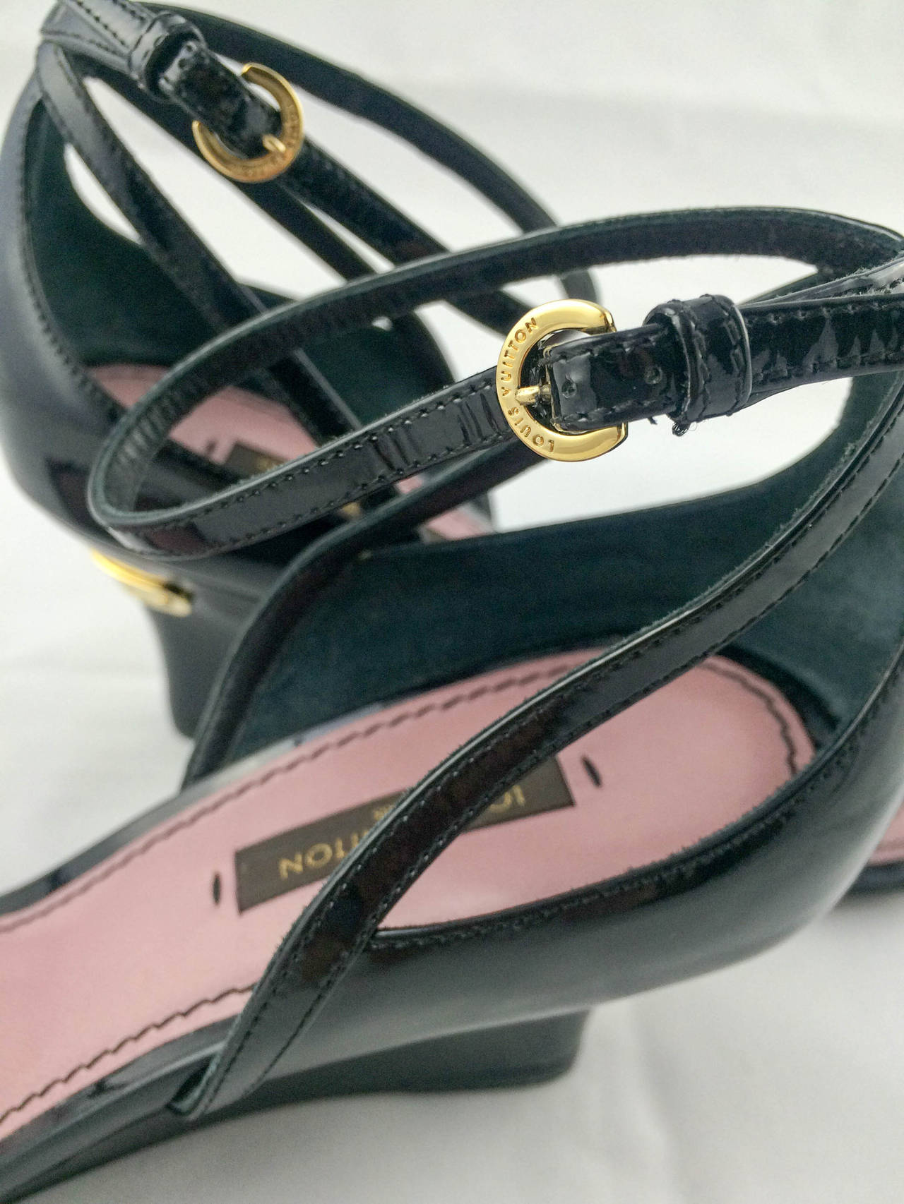 Louis Vuitton Strawberry Wedges Sandals - 2009 For Sale 2