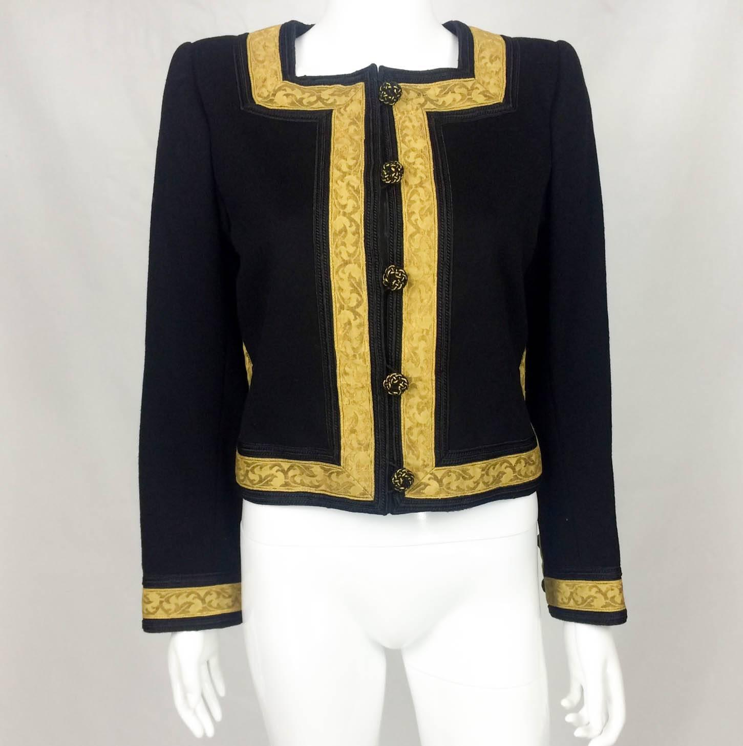 This is a well made fantastic matador costume. Absolutely true to size. 5'11
