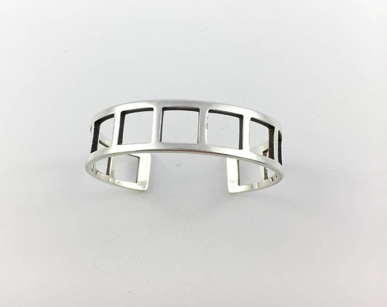 Women's or Men's Gucci Silver Set (Bracelet and Ring) - 2000s For Sale