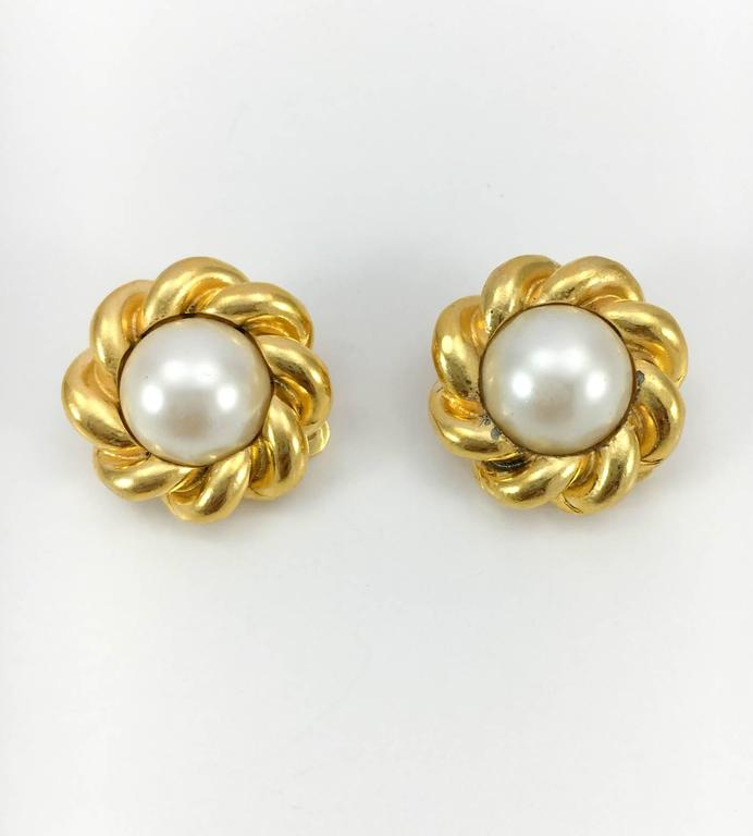 Women's Chanel Gold-Plated Pearl Earrings - 1970s For Sale