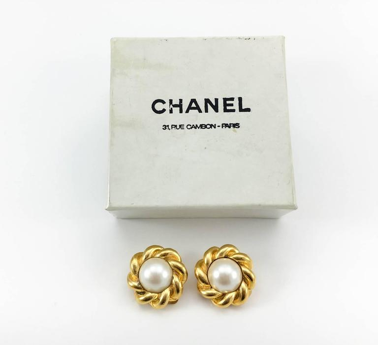 Chanel Gold-Plated Pearl Earrings - 1970s For Sale 1