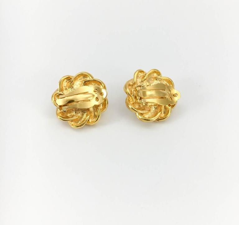 Chanel Gold-Plated Pearl Earrings - 1970s For Sale 2
